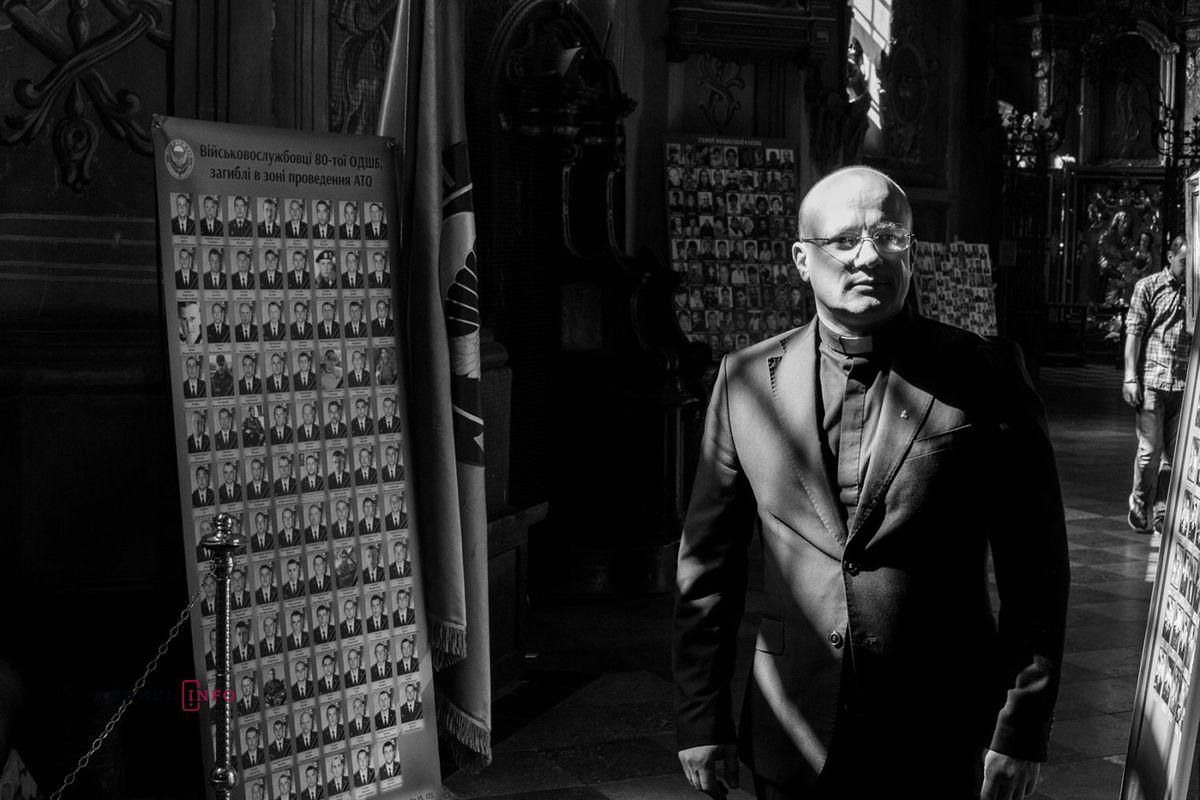 «Через агресію Росії Церква вУкраїні отримала новий досвід— цевійськове капеланство»,— о. Степан Сус